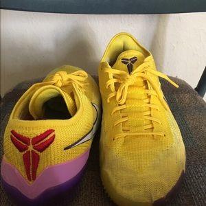 "Kobe 360 ""Yellow Strike"""